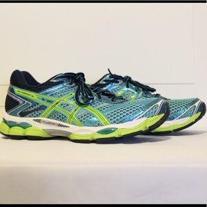 Asics Women's Gel Cumulus 16 Running Shoes
